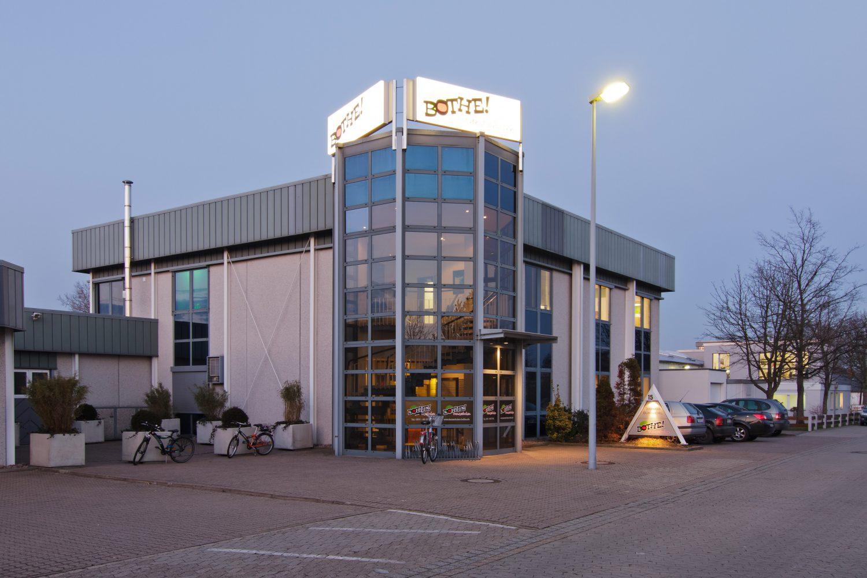Tanzhaus Burgwedel seit 2011 ist Bothe auch in der Region aktiv